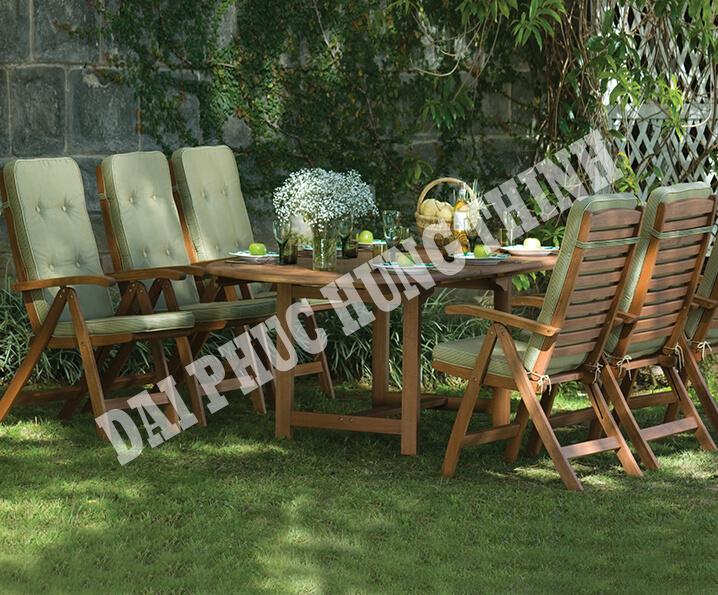 /photos/1/table/oldham/Oldham-Lifestyle.jpg